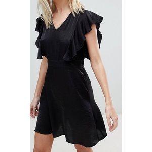 Dresses & Skirts - Ruffle shoulder skater dress